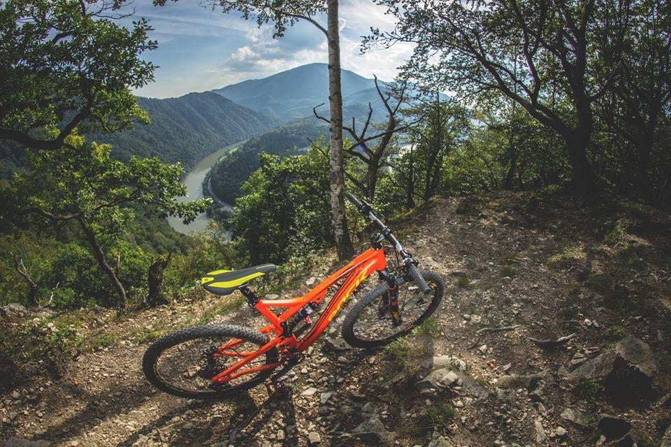 E-bike požičovňa