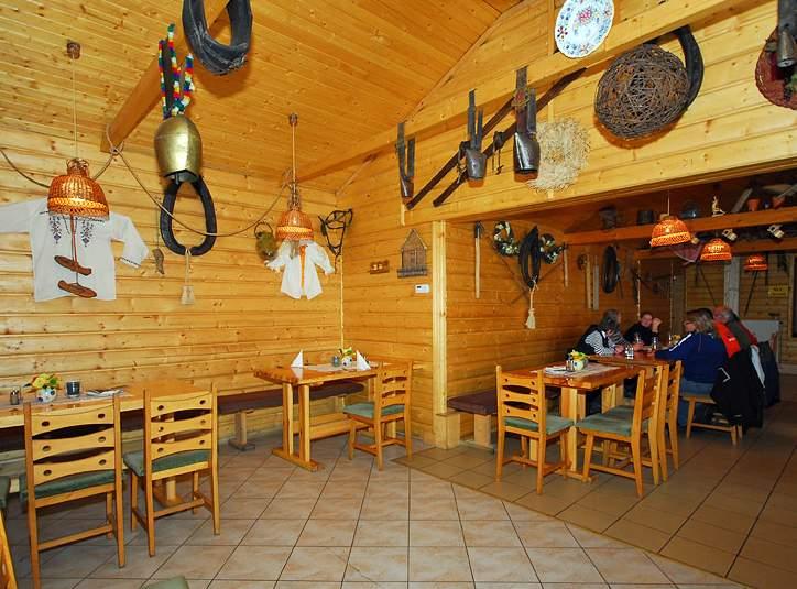 7786a6681 Koliba Bystrina v areáli hotela Poľovník v Demänovskej doline